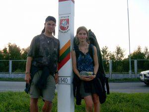 Spolu na litevské hranici při cestě po Pobaltí