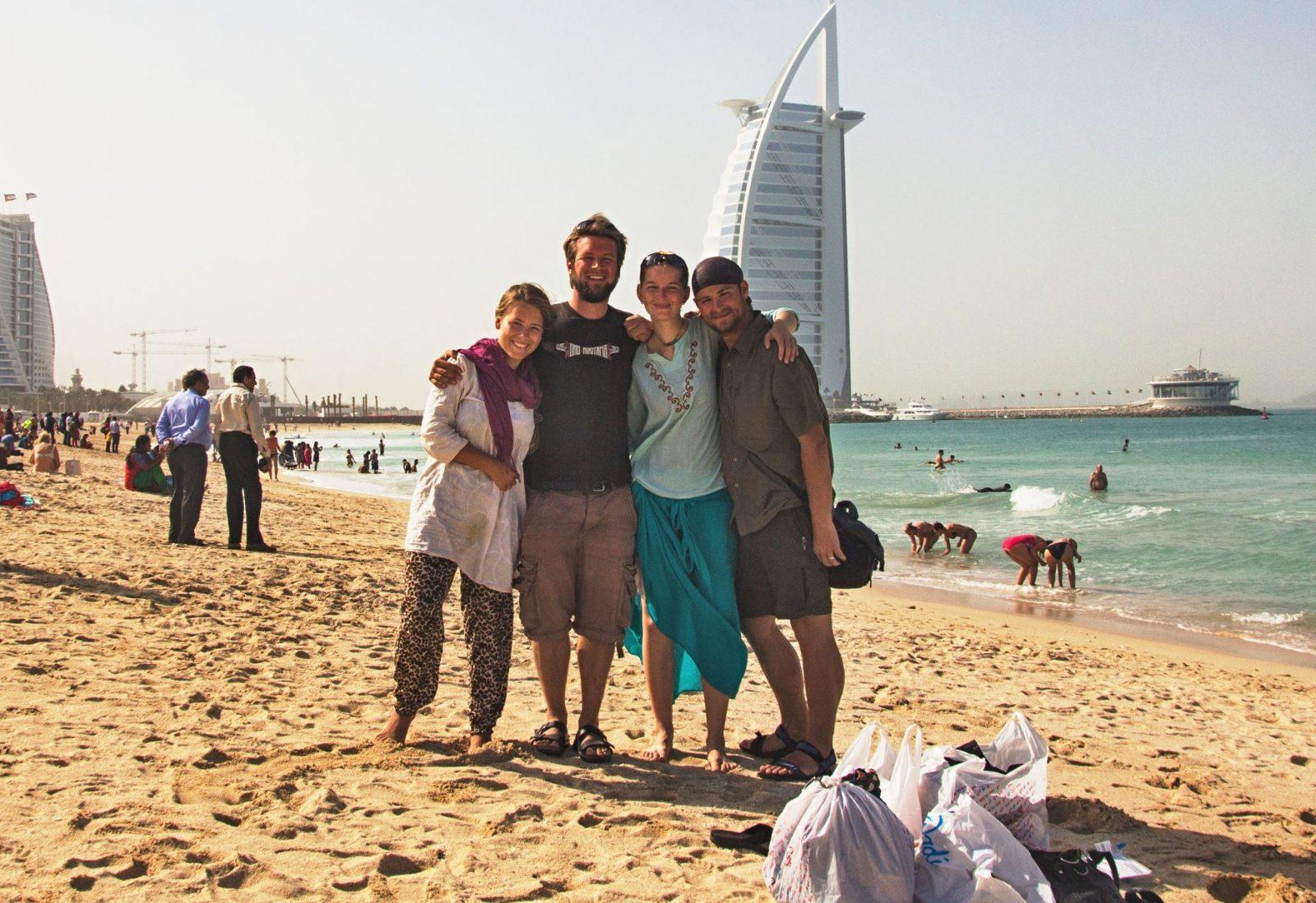 S Aniou a Janem jsme se potkali 2x v Íránu, společně přepluli do Emirátů a statečně tam přežili 3 dny díky vzájemné morální podpoře