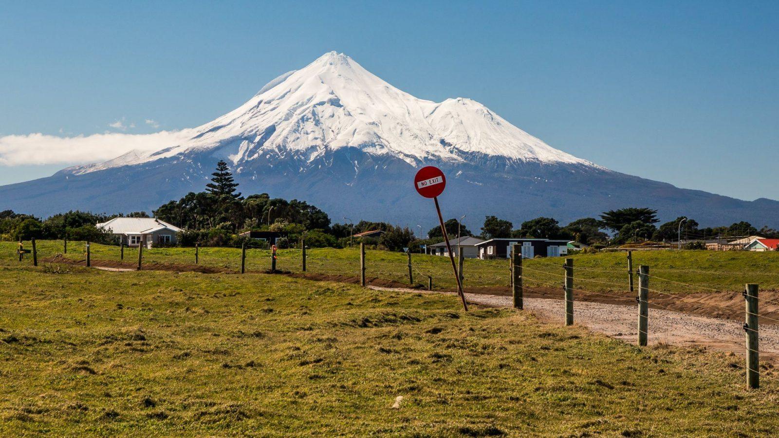 Mt. Egmont nebo-li hora Taranaki - zatím uvězněná pod sněhem