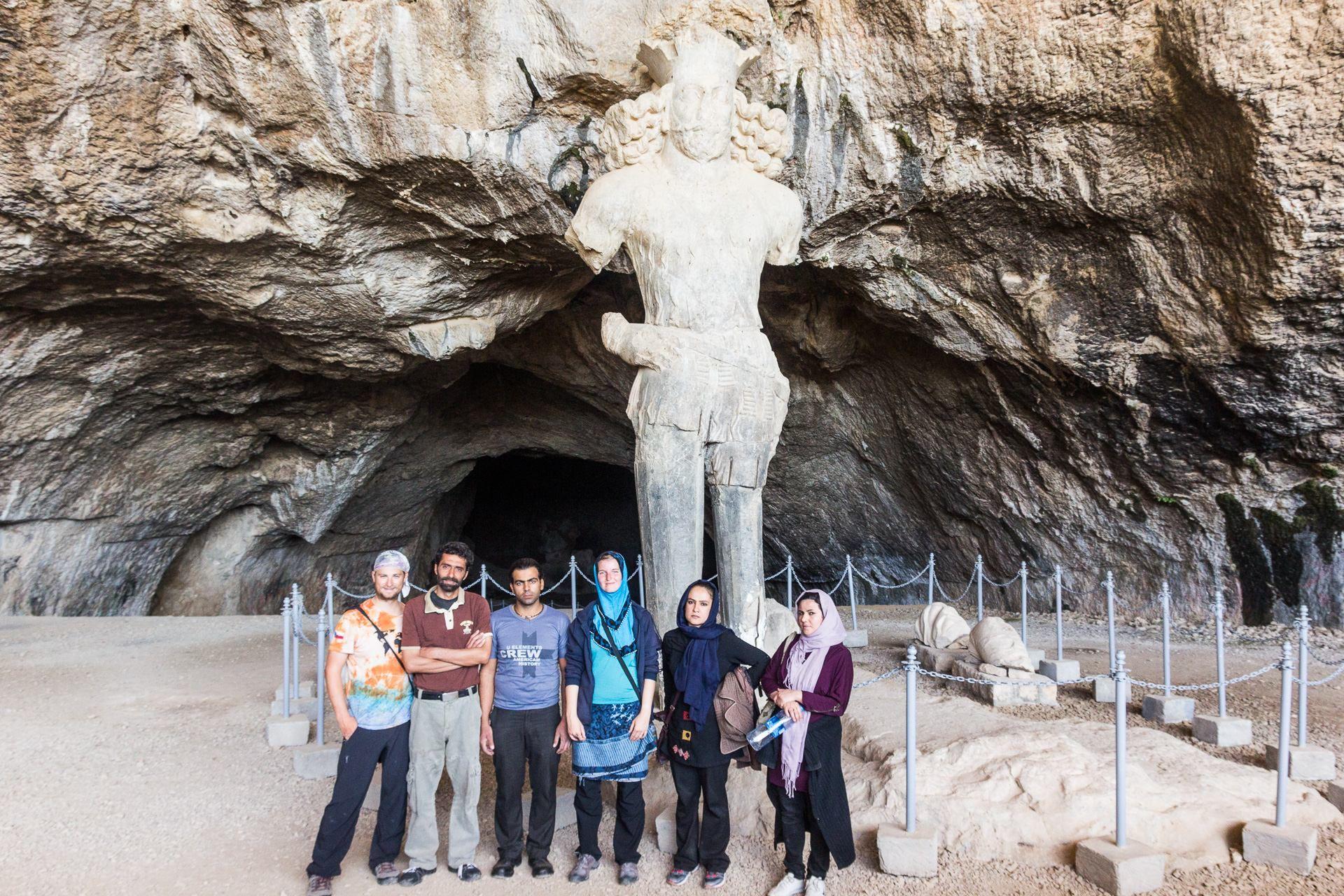 S rodinkou na výletě do posvátné jeskyně