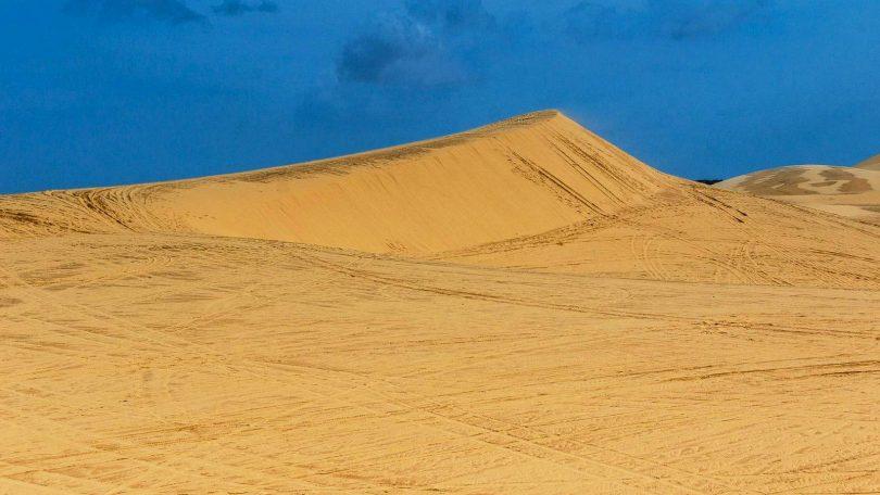 Vietnam 6 - Zasypáni pískem Bílých dun i nekonečné pláže