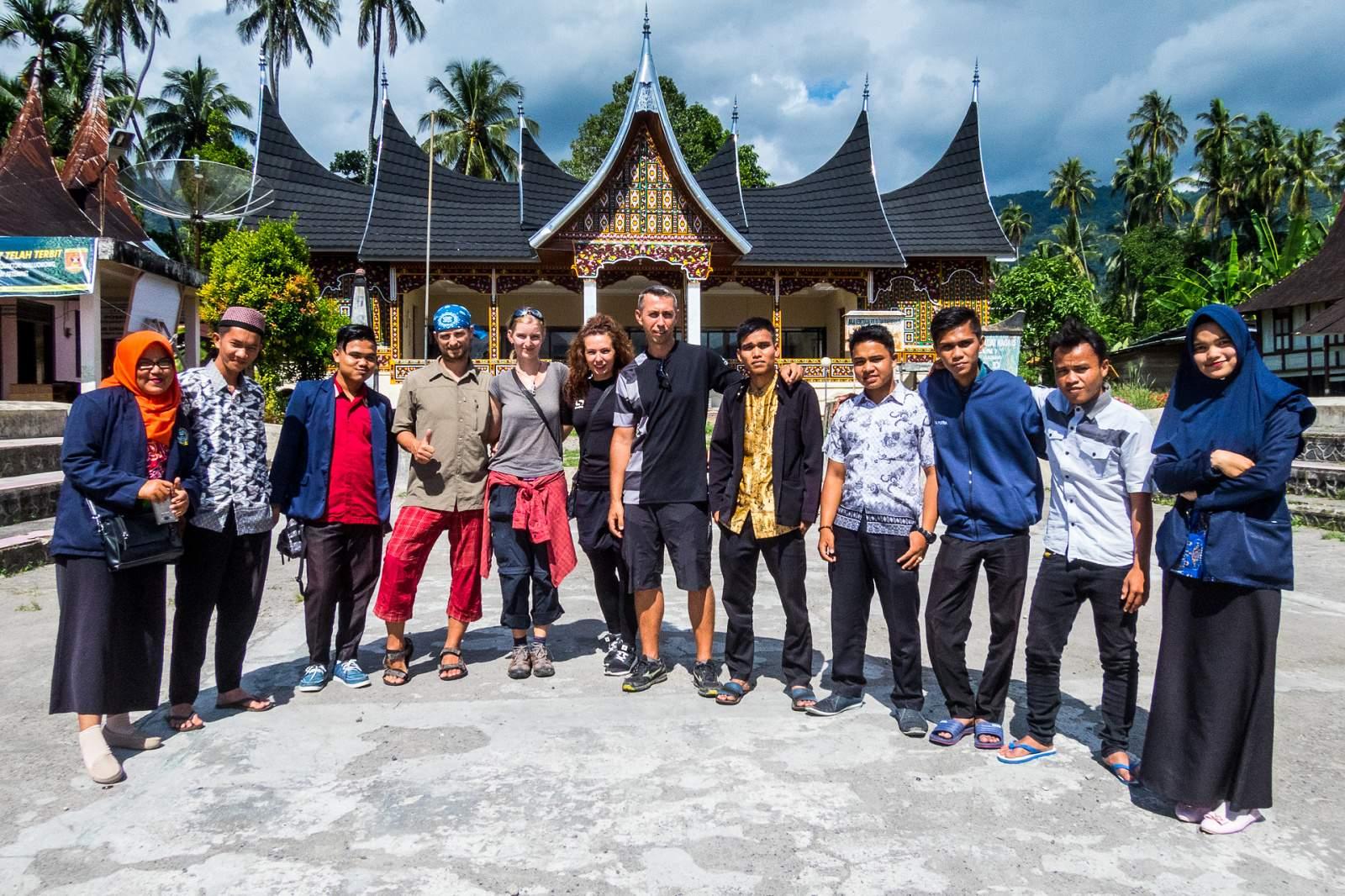 V Indonésii nikdy nejsi sám
