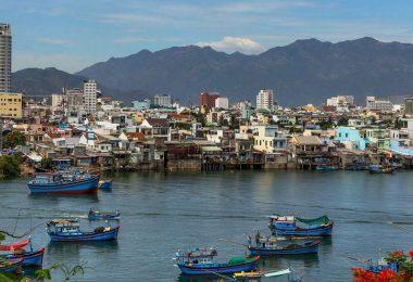 Vietnam 9 - Gurmánský Nha Trang, starověký Ponagar i koupání pod vodopádem