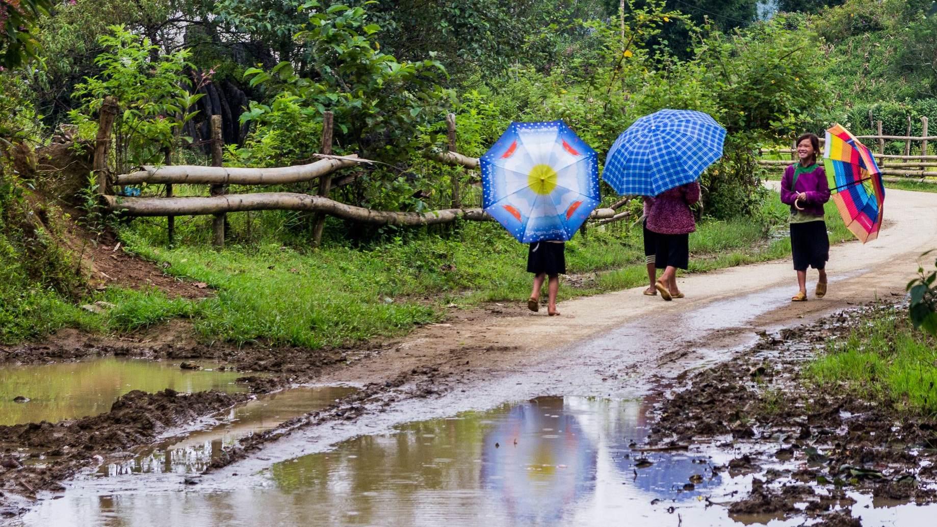 Vietnam 24 - Cesta přes Lao Cai do Sapa a první průzkum okolí