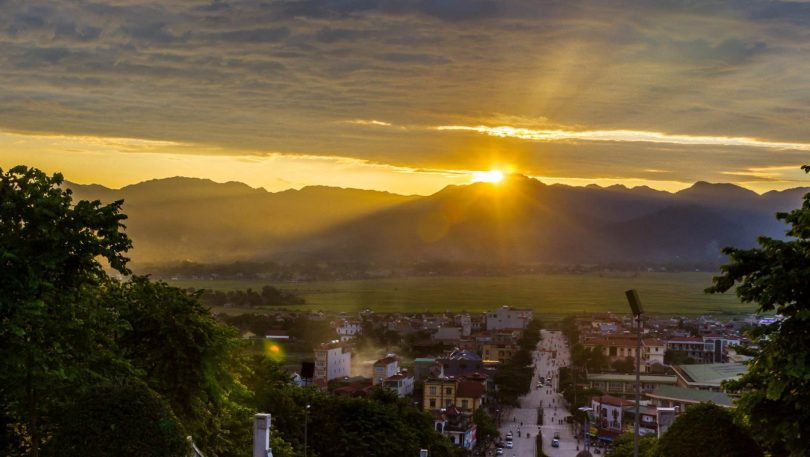 Vietnam 27 - Pamětnické Dien Bien Phu a pochod do Laosu