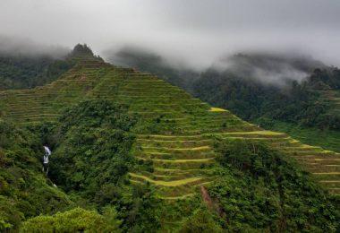 Strastiplný přesun do Banaue a výšlap rýžovými terasami