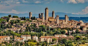Toskánsko - region hor, mramoru, vína a starobylých opevněných měst