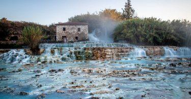 Přírodní lázeňská kúra v Cascate del Mulino a exkurze do San Marina